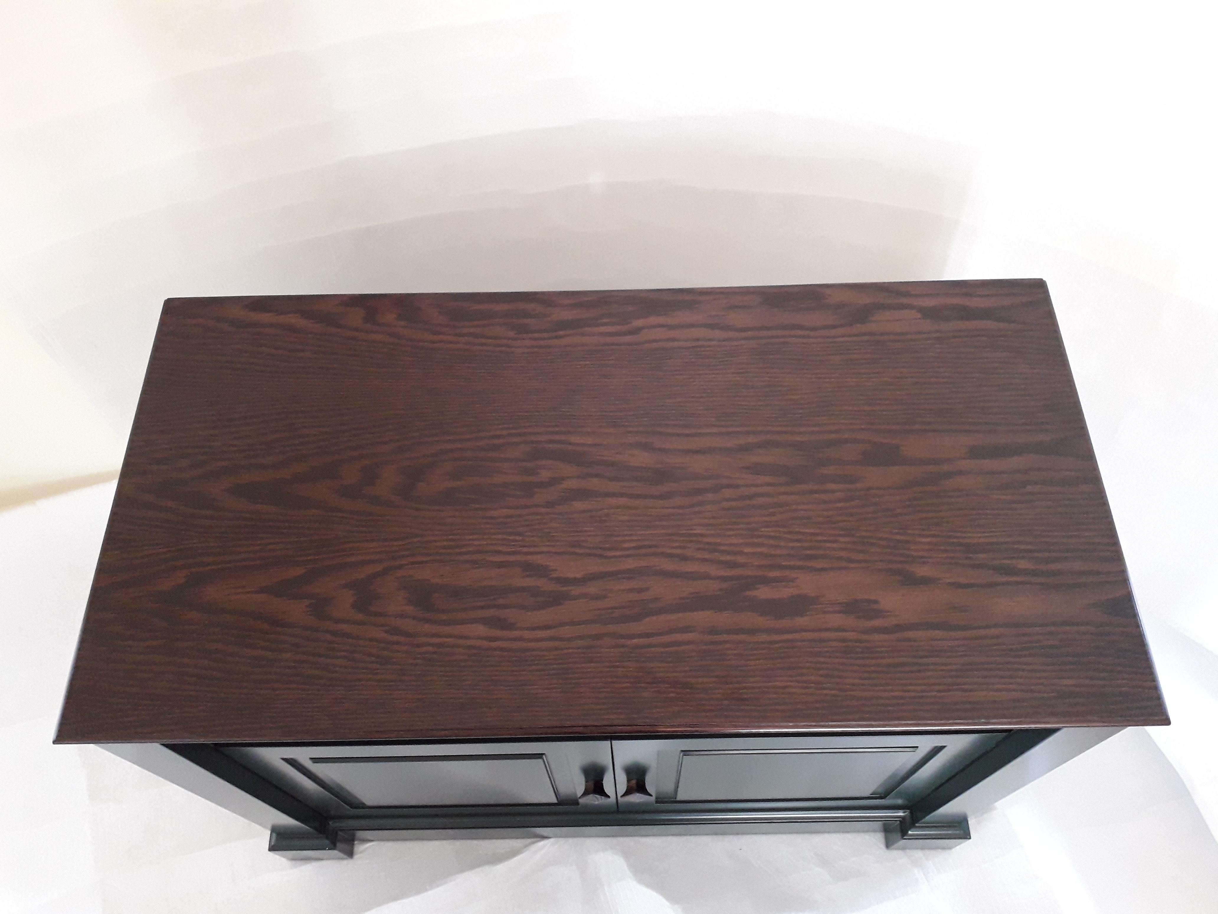 Luxury TV Cabinet Dean Watson Bespoke Interiors